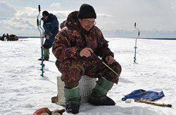 Зимняя рыбалка на форель и щуку в Подмосковье